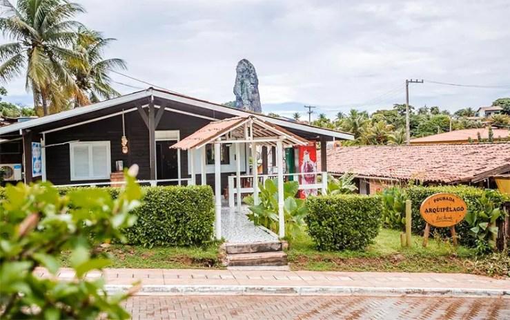 Pousadas baratas em Fernando de Noronha: Entrada da Pousada Arquipélago (Foto: Reprodução/Booking)