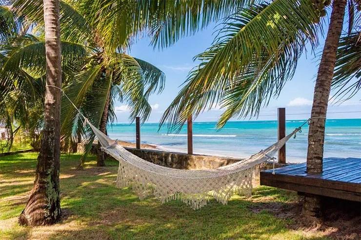 Pousadas na Praia dos Carneiros: Carneiros: Rede de frente para o mar na Paradiso (Foto: Reprodução/Esse Mundo é Nosso)