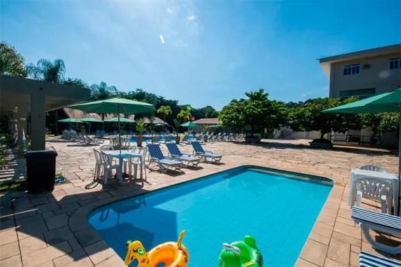 Hotéis e pousadas em Itu: Área externa e piscina do Samba Itu (Foto: Divulgação)