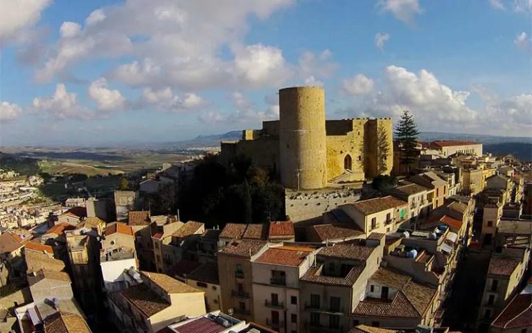 Centro histórico de Salemi, onde casas por um euro serão vendidas