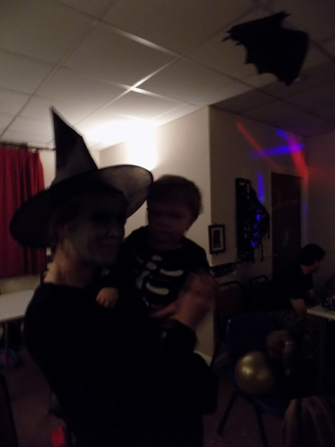 essendine-village-hall-halloween-2015-22
