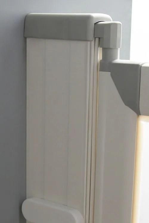 The-Versa-Door-has-an-unique-wall-profile