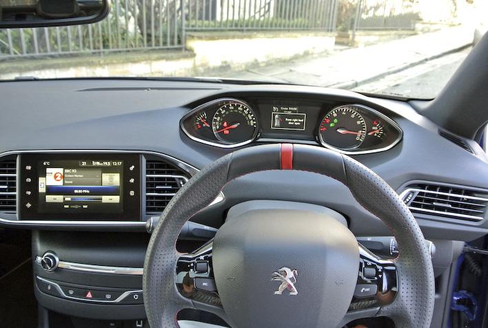 Peugeot 408GTI 3