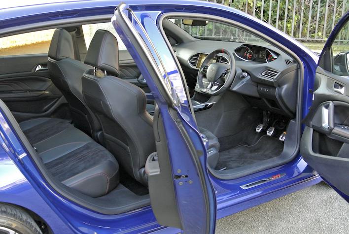 Peugeot 408GTI 4