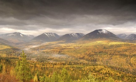 Top 3 places to see fall colours in Idaho