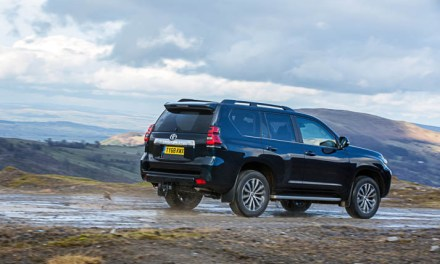 REVIEW: TOYOTA LAND CRUISER – ONE FOR THE OFF-ROAD