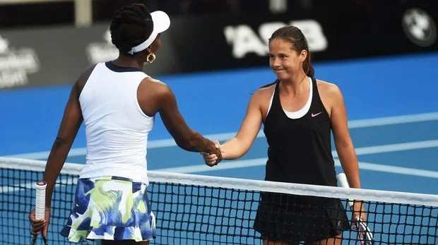 Simona Halep, Venus Williams stunned by Naomi Osaka, Daria Kasatkina