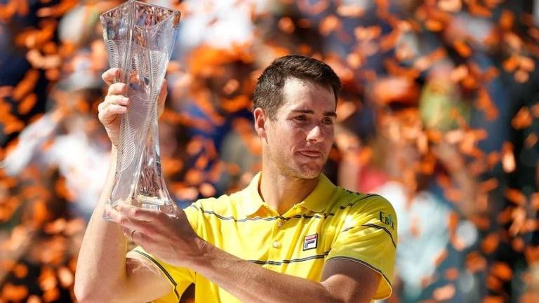 Greensboro's John Isner beats Juan Martin Del Potro, reaches Miami Open final