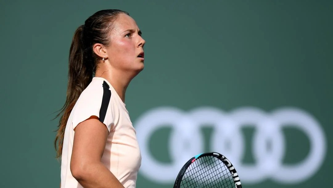 Kasatkina ousts Williams to reach semi-finals