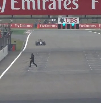 Man runs across the track, 2015 Chinese GP