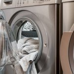 Laundry With Essential Oils