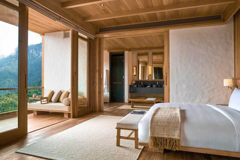 Thimphu Lodge, bedroom, Six Senses, Bhutan