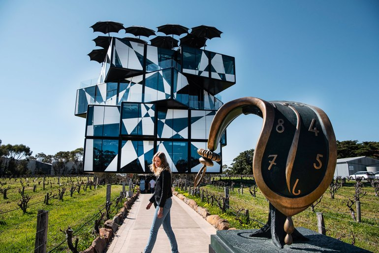 Step inside the d'Arenberg Cube with chief winemaker and innovator, Chester Osborn, who pairs wine and art.