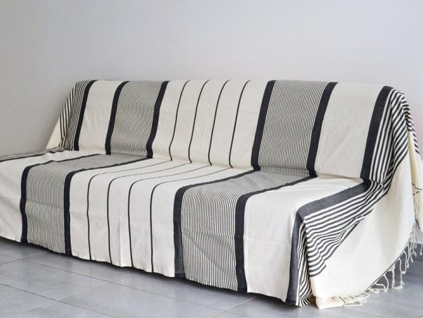 moderniser son canap pour moins de 40 c 39 est possible le blog la. Black Bedroom Furniture Sets. Home Design Ideas
