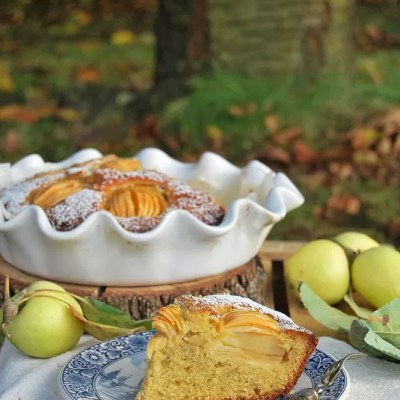 Un dolce che profuma di antico: torta di Mela Limoncella