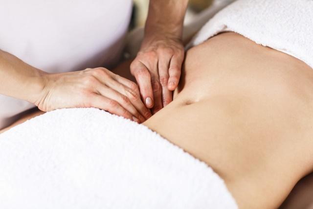 massage du ventre Chi Nei Tsang Noëlle denis Montgeron