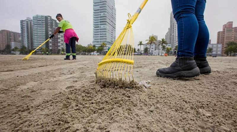 Praia Grande define ações de limpeza da orla para a temporada de verão e Réveillon