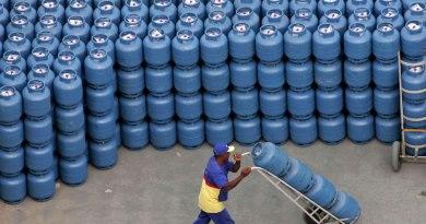 Economia Petrobras reajusta em 5% preço do gás de cozinha