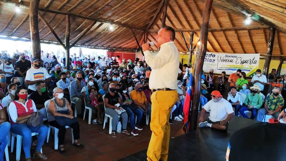 El gobernador Alfredo Díaz, recibió una vez más el cariño y afecto de los tuborenses