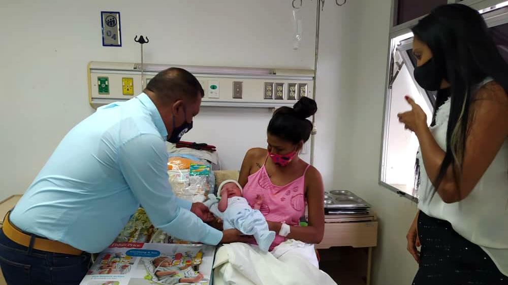 Gobernador Alfredo Díaz resalta alcance de sus planes sociales a madres y mujeres