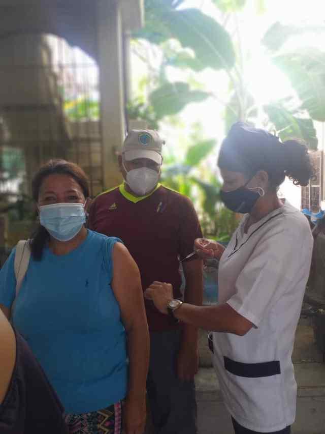 Los pacientes agradecen las jornadas de salud que realiza el gobernador Alfredo Díaz con su equipo de Corposalud