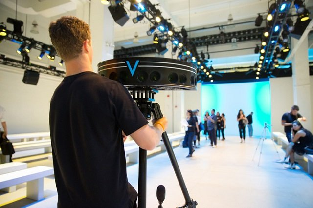 At New York Fashion Week, 13 designers will utilize Intel's imme