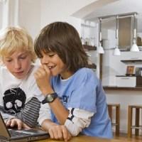 Uno de cada diez padres latinoamericanos desconoce si un extraño ha contactado a sus hijos por Internet