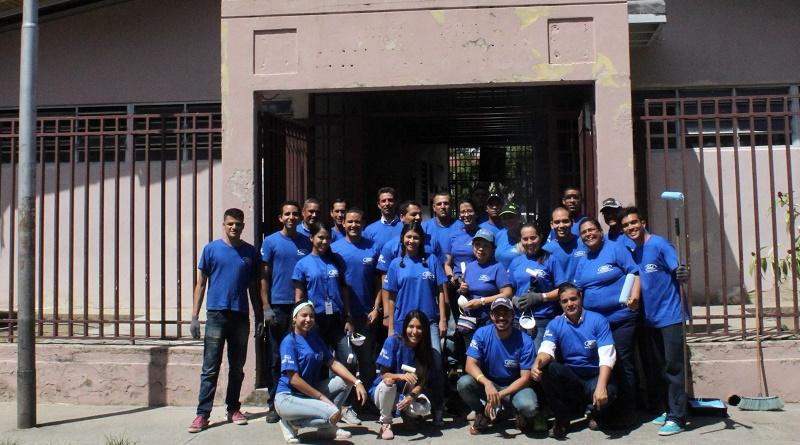 Voluntarios de Ford Motor de Venezuela