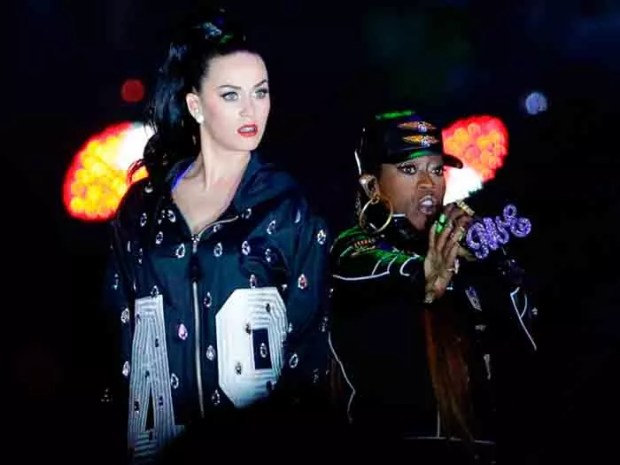 katy-perry-superbowl-2015-03
