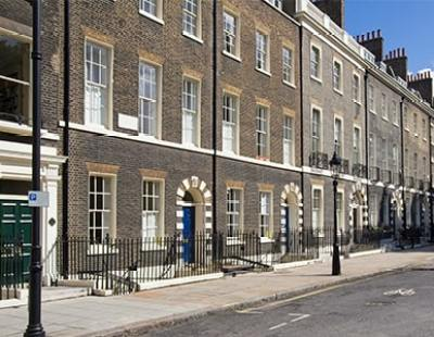 Young and minted: 50% of Mayfair residents aged 21 to 44