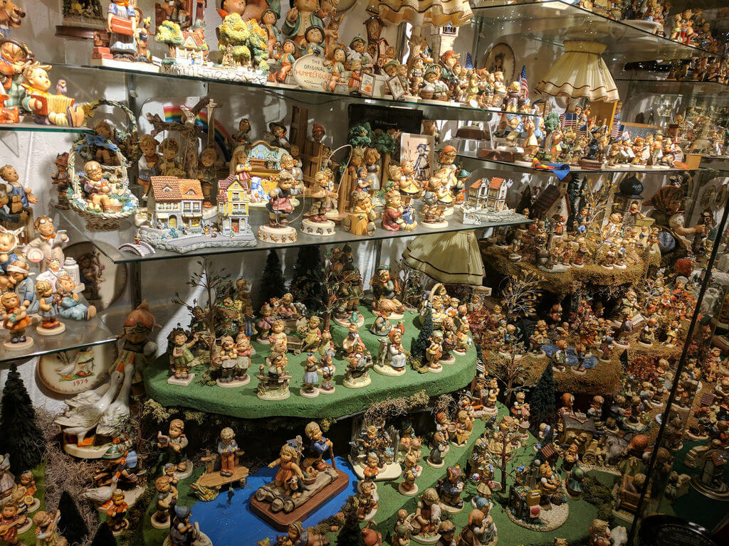 Looking for the most valuable porcelain figurines at estate sales!