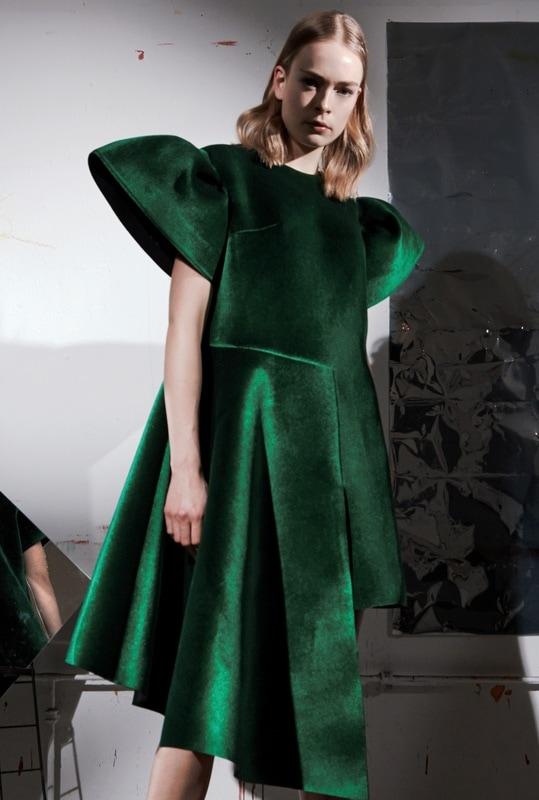 estela-fashion-victoria-scandale-thumb