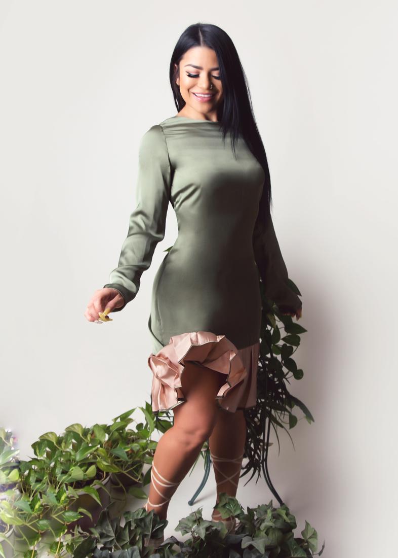 Estela-Fashion-Satin-Roses-SS19-2