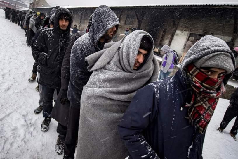 voluntarios en un refugio de Belgrado