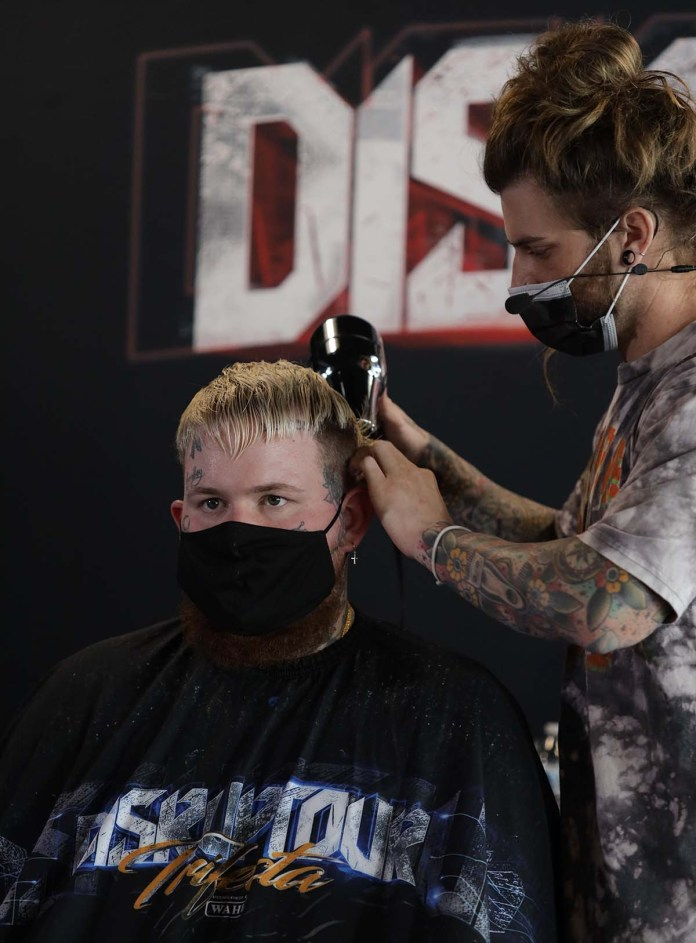 Wahl Professional announces the launch of New 5 Star Barber Dryer