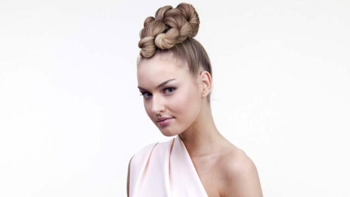 Learn How To Twist Knots to Make an Updo with Sam Villa