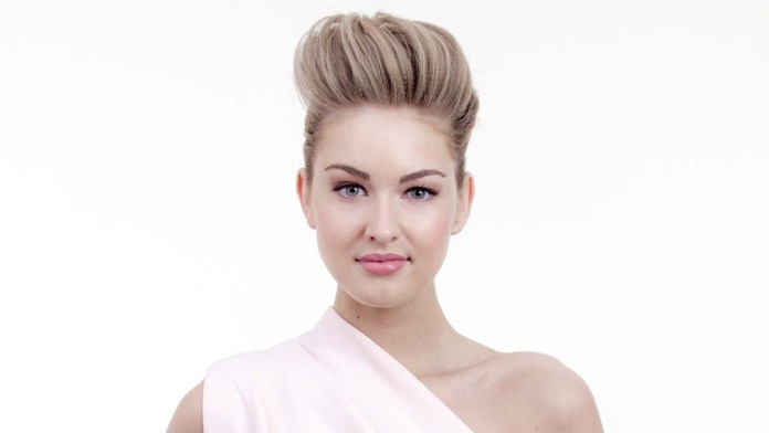 How-To! Prom Look: Pump Up the Volume with Sam Villa ArTeam