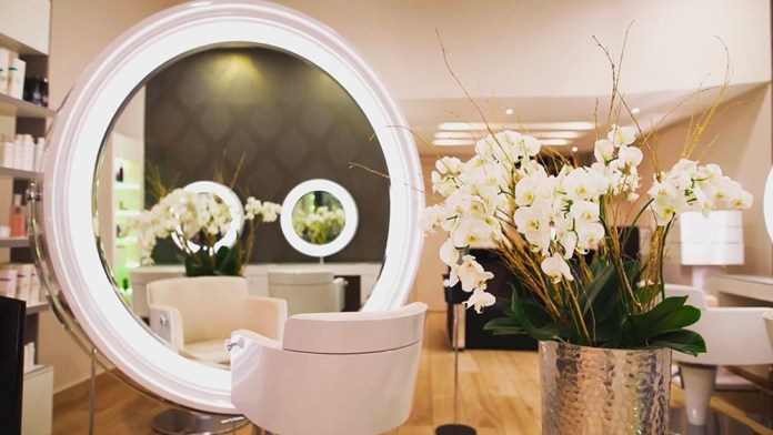 Outfitting a Hairdressing Salon: 10 Mistakes to Avoid