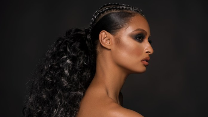6 Steps to Create the Perfect Glam Ponytail