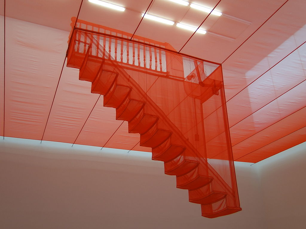 1024px-Staircase-III