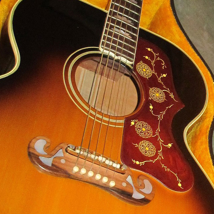 1964_Gibson_J-200_Custom_(SN_67437)_in_case