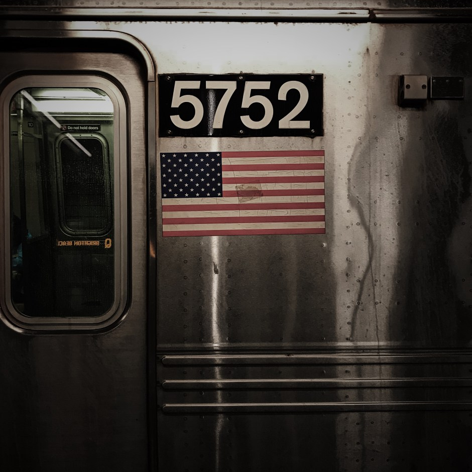 Cracked_Flag_©_Dave_Roth
