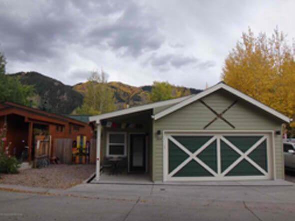 Aspen real estate 092516 139443 324 Oak 1 590W