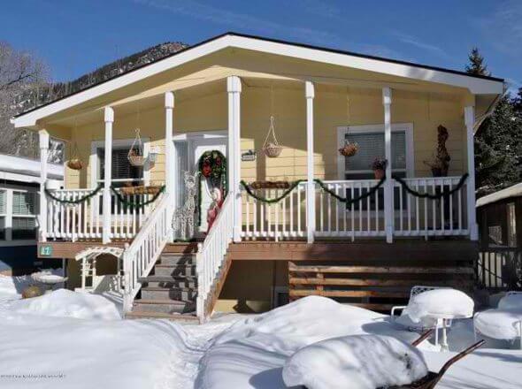 Aspen real estate 100916 140406 17 Aspen Village 1 590W