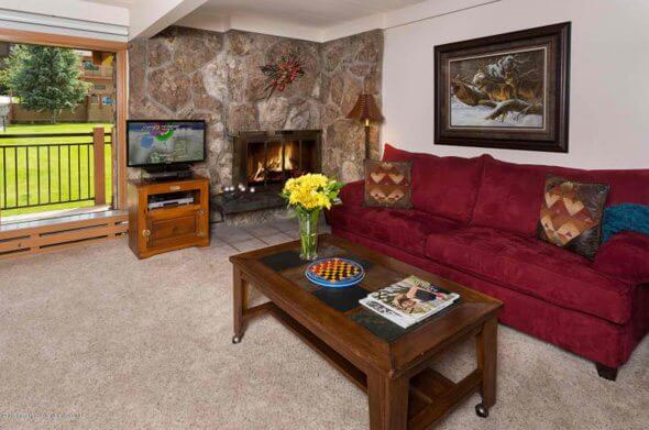 W Aspen real estate 102316 139876 30 Anderson Lane 817 2