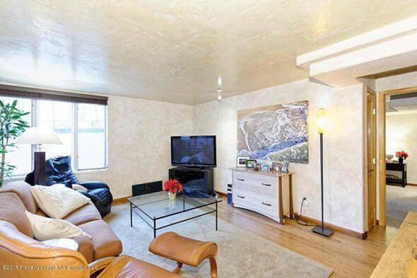 W Aspen real estate 102316 141979 731 E Durant Street 23 2
