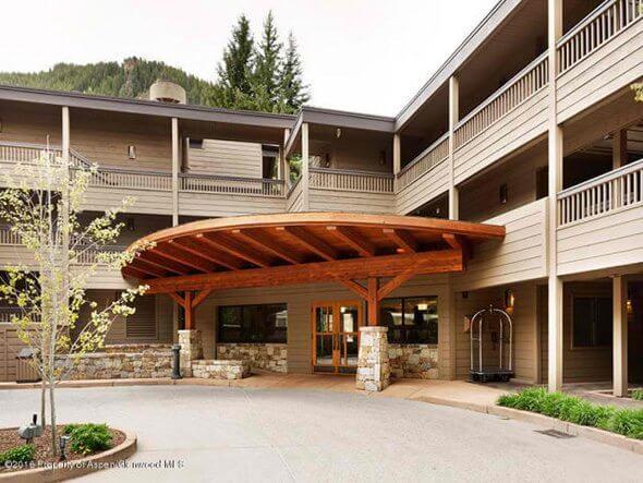 W Aspen real estate 102316 144213 610 S West End Street G304 1