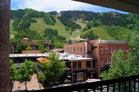 Aspen real estate 120416 144493 520 E Cooper 403 6 190H
