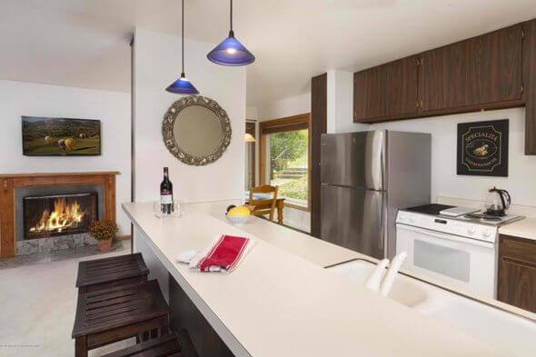 Aspen real estate 121116 146388 35 Lower Woodbridge Road 159 2 590W