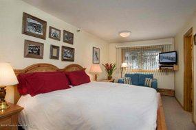 Aspen real estate 010117 141740 400 Wood Road 2206 4 190H